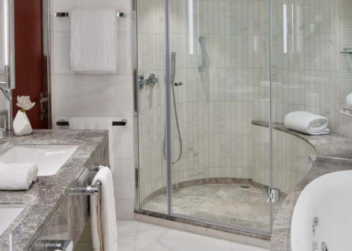 Wintergarden Suite Features